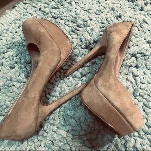 Cathy Jean camel tan suede platform heels